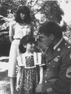 Zeke&Daughter&Carole.jpg (272808 bytes)